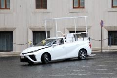 MIV_Toyota_Pope_1