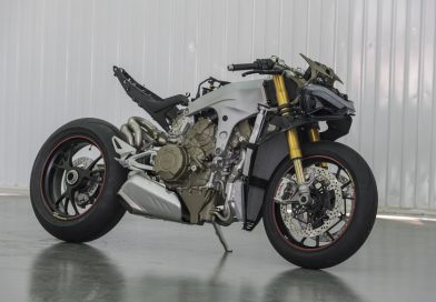 Ducati z motorjem V4