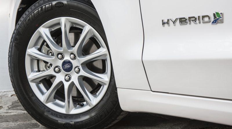 Ford Mondeo Hybrid leta 2019 tudi v različici karavan