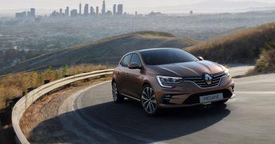 Renault razkriva prenovljeni Mégane