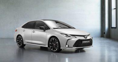 Toyota Corolla sedan GR je športnica