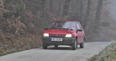 Peugeot 205 vozi, vozi in vozi že 30 let